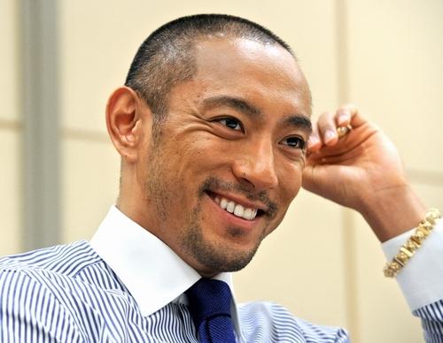 藤井リナの彼氏は元関東連合リーダー・石元太一だった?現在は?のサムネイル画像