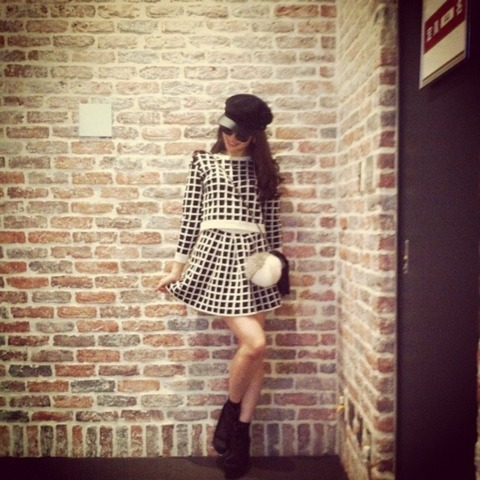 小嶋陽菜の私服が可愛い!きれいめからカジュアルまで何でも似合う!