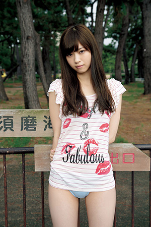西野七瀬の水着画像がついに解禁!乃木坂46で一番人気の水着姿!のサムネイル画像