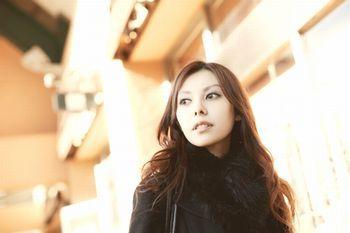 女優の濱松恵が狩野英孝との不倫を今更暴露!売名行為が疑われてる?のサムネイル画像