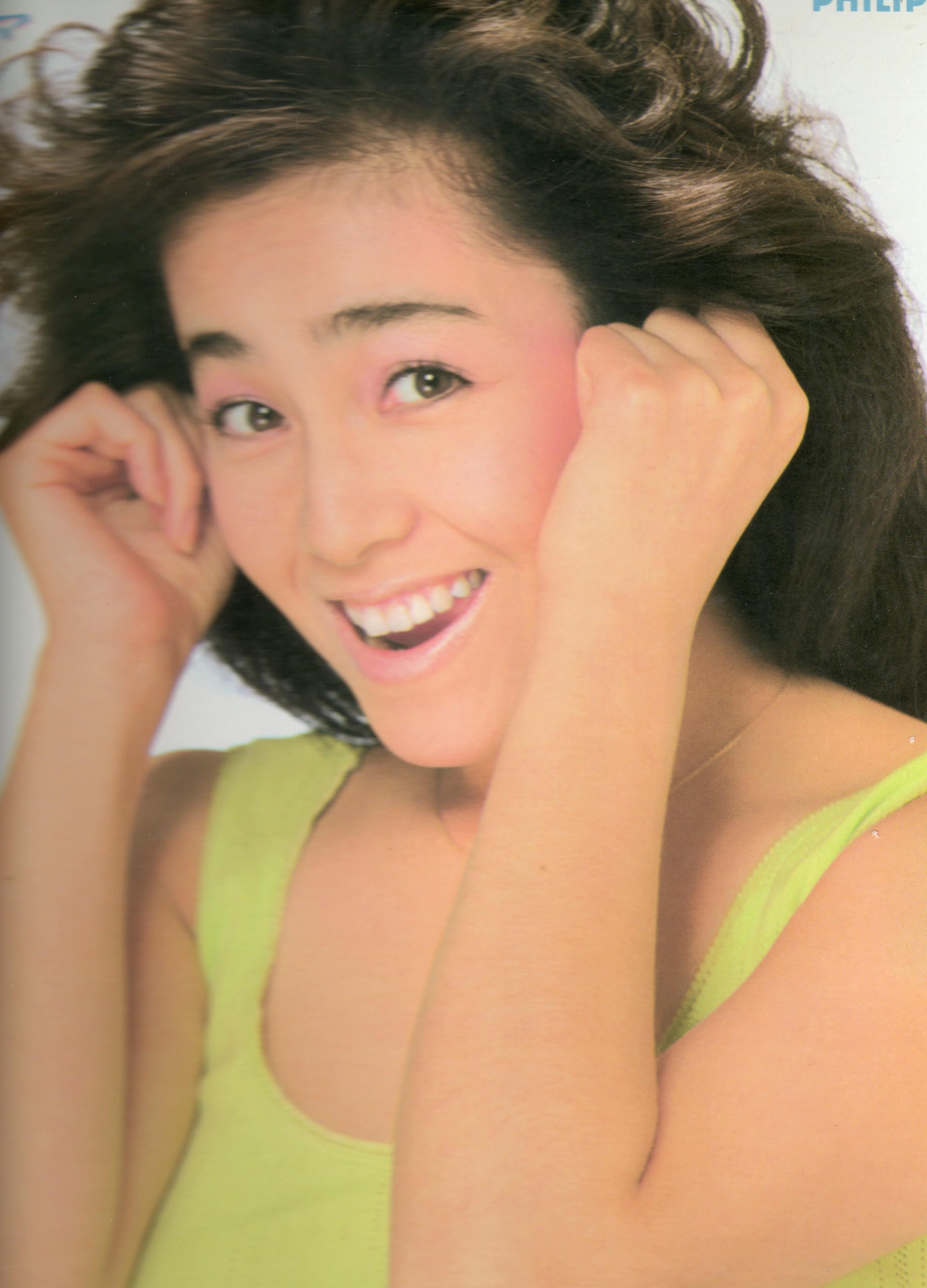 アイドル柏原芳恵にまつわる「こけし」事件の一連をまとめてみたのサムネイル画像