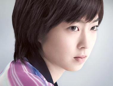 石川佳純ちゃんのほうが綺麗で上品で知的で、頭の悪い福原愛より好き!