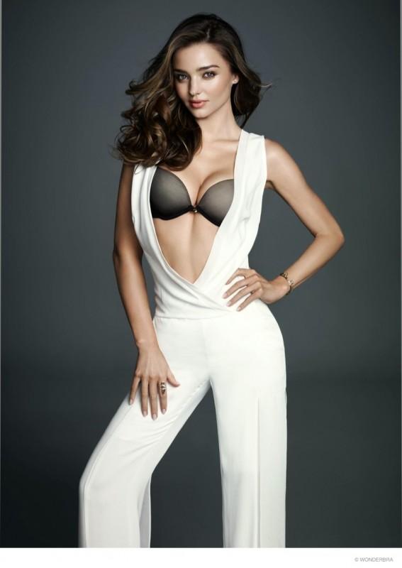 ミランダ・カーのファッション画像まとめ!気になるブランドはどこ?のサムネイル画像