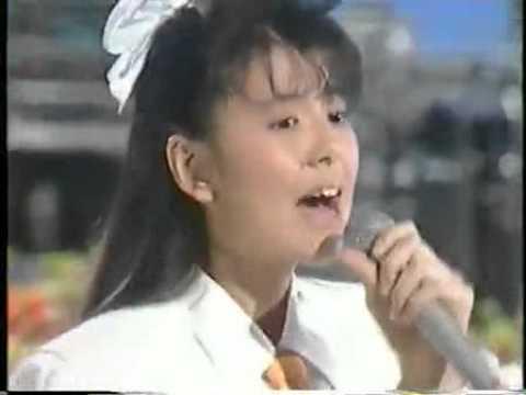 南野陽子のヒット曲を振り返る!コンサートでも未だアイドルぶりは健在!のサムネイル画像