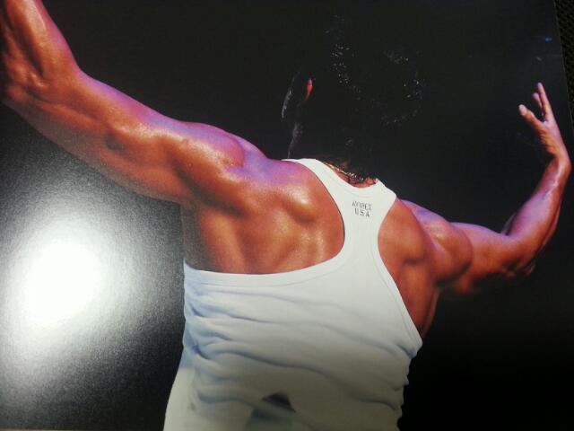 長渕剛の肉体改造!この筋肉に驚き!現在の年齢は?筋トレ方法は?のサムネイル画像