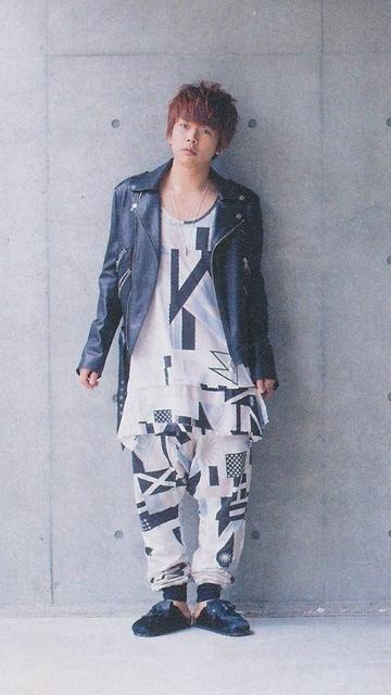 NEWS増田貴久の私服が可愛い!香水や髪型も話題!実は筋肉もすごい!のサムネイル画像