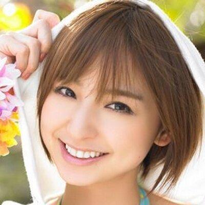 篠田麻里子の現在の姿は?劣化が止まらない?画像で検証してみたのサムネイル画像