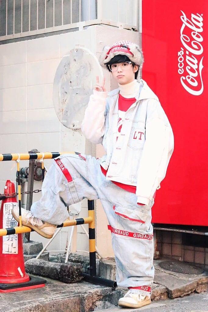 ゆうたろうくんに学ぶ最新原宿系ファッション!ジェンダーレス男子必見!のサムネイル画像
