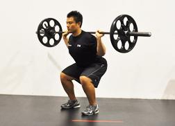 ダニエル・クレイグの筋肉がかっこいい!どんな筋トレで肉体改造した?のサムネイル画像