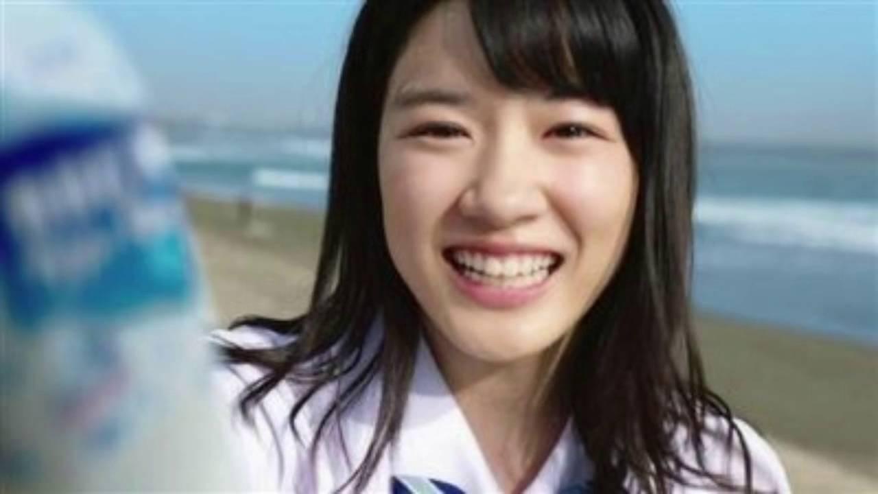 永野芽郁の可愛いグラビア水着画像集!胸のカップ数も併せてチェック!のサムネイル画像