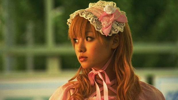 ロリィタファッションの深田恭子