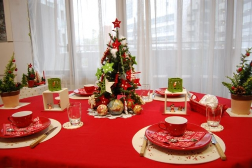 テーブルコーディネートの提案♡クリスマスやお正月・結婚式の披露宴をおしゃれに演出のサムネイル画像