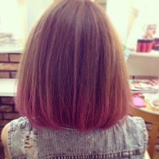 ヘアカラーグラデーションでピンクが大人気!そのほかおすすめカラー徹底調査!のサムネイル画像