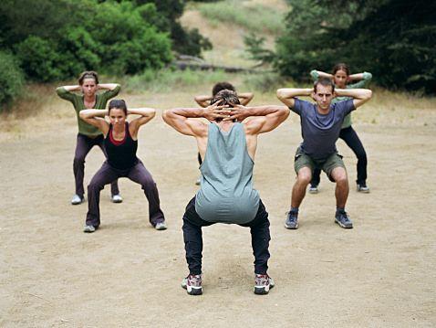 ブルガリアンスクワットで効果的にヒップアップ!女性におすすめダイエット!のサムネイル画像