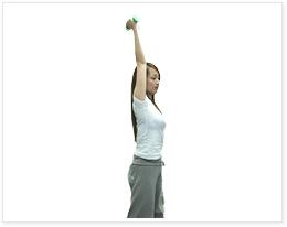 ダンベルを使った筋トレメニュー大公開!腹筋やダイエットにも効果あり!のサムネイル画像
