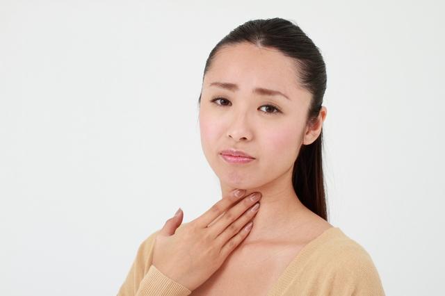 咽頭クラミジアの症状について。検査や潜伏期間、薬や病院を紹介!のサムネイル画像