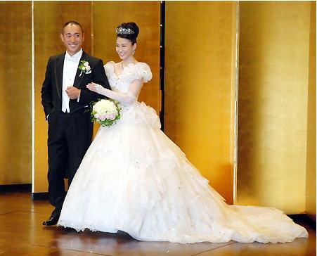 市川海老蔵と小林麻央の披露宴・結婚式の様子は?動画や画像を調査!のサムネイル画像