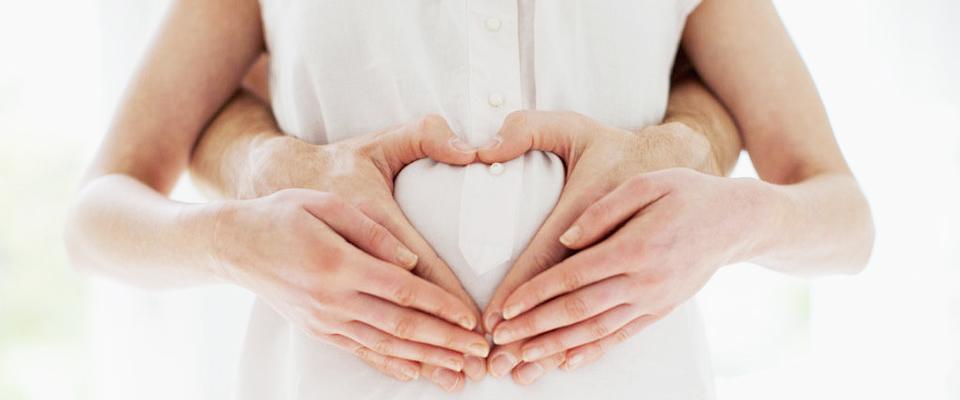 妊娠初期の出血が鮮血なら少量でも注意が必要!原因や対処法は?のサムネイル画像