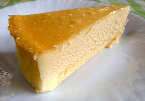 コストコのチーズケーキは冷凍保存できる?気になるカロリーや値段は?のサムネイル画像
