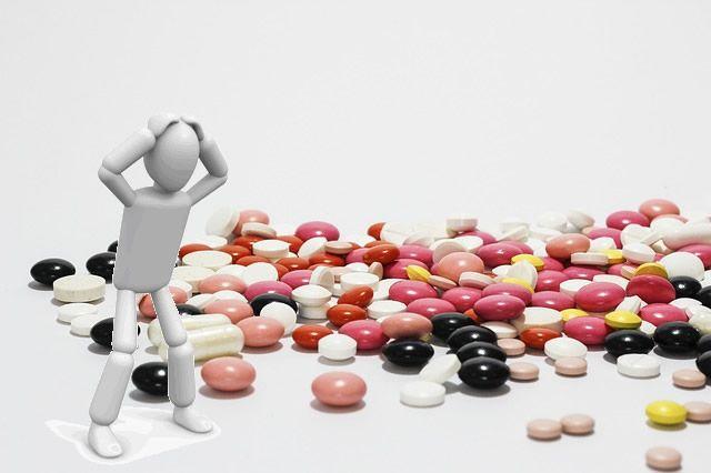 クラミジアの薬について。市販薬は販売されてる?副作用などの注意点のサムネイル画像