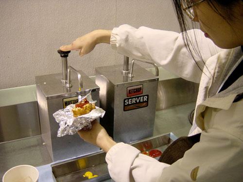コストコホットドッグのカロリーは?ソーセージとパンだけでも美味しい!のサムネイル画像