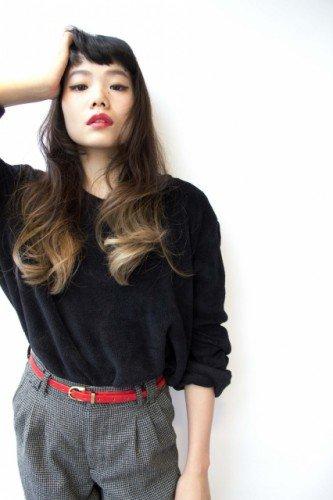 黒髪グラデーションカラーは毛先・アッシュが決め手【ミディアム・ボブ・ロング】のサムネイル画像