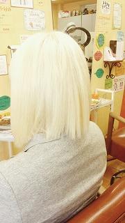 マニックパニックの使い方紹介!マニパニは黒髪にも使えるって本当?のサムネイル画像