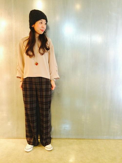 ニット帽のかぶり方【女子】ボブ・ショート・ロング・ミディアムのサムネイル画像