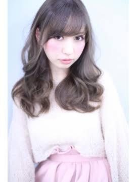アッシュベージュ・マーメイドアッシュ髪色まとめ【暗め・明るめ・8トーン】のサムネイル画像
