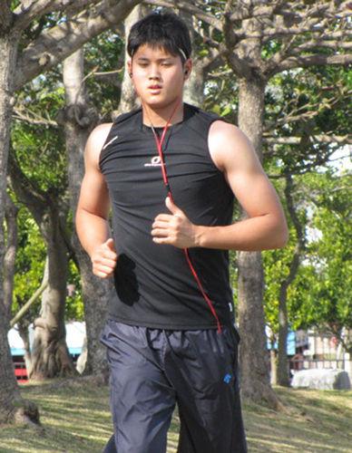 大谷翔平の筋肉がすごい!トレーニングの内容は?肉体改造の成果まとめ!のサムネイル画像