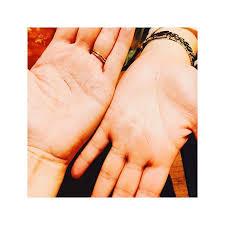 【手相】仏眼・仏眼相の見方!両手・右手・左手の場合は?2つあることも!のサムネイル画像
