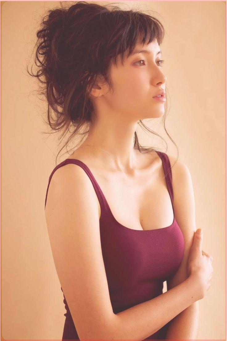 【画像】市川紗椰のワキ毛・かわいいカップまとめ!ユアタイム降板の真相のサムネイル画像
