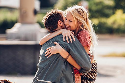 男性心理を理解・活用すると恋愛が上手くいく!?男が本気で好きになる時の心理とはのサムネイル画像
