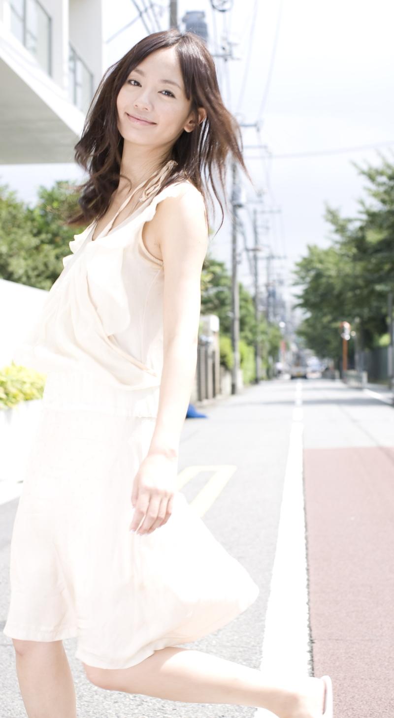 中村ゆりは結婚してる?熱愛彼氏まとめ(画像)!出産の噂も…のサムネイル画像