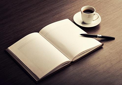 【スピーチネタまとめ】朝礼3分のコツと例文一覧!雑学・定番・月別のサムネイル画像