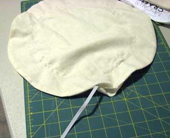 ナイトキャップの作り方&かぶり方を紹介(動画付き)正しい使い方で寝癖対策!のサムネイル画像