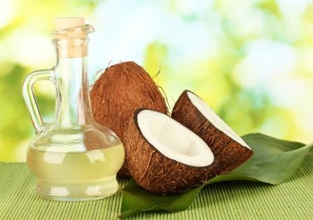 ココナッツオイルはアトピーやニキビに効果あり?アレルギーや悪化する事はある?のサムネイル画像