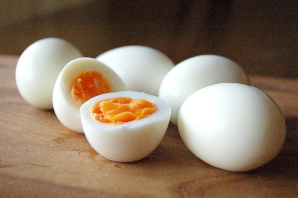 美味しい卵焼きの作り方、巻き方のコツを紹介!簡単にふわふわ卵焼きを作ろう!のサムネイル画像