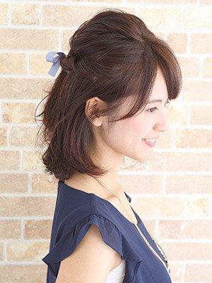 黒髪ミディアムアレンジまとめ【パーマ・ストレート・前髪なし・ボブ】のサムネイル画像