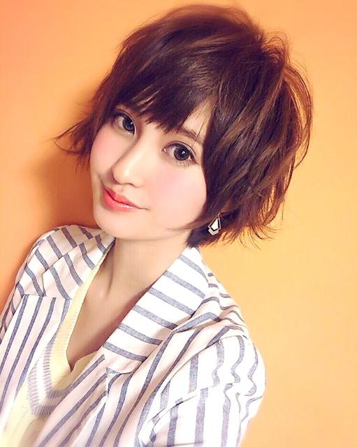 丸顔に似合う髪型といえば?ショートヘア・ボブのお洒落な前髪アレンジ!のサムネイル画像