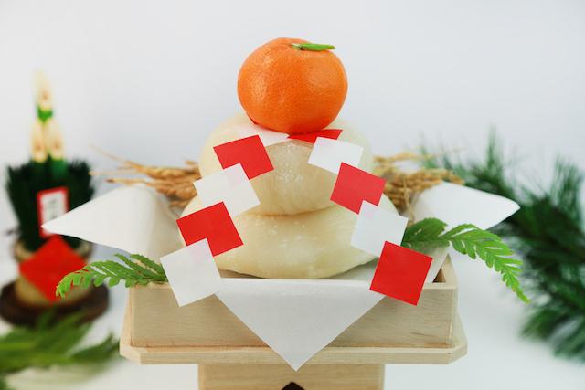 鏡餅の正しい・美味しい食べ方まとめ!飾る期間や食べるタイミングは?のサムネイル画像