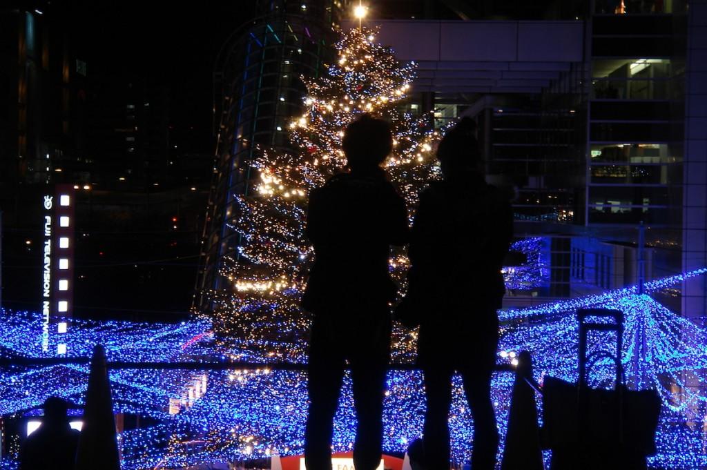 クリスマスの過ごし方ランキング!カップルにおすすめのデートを紹介!のサムネイル画像