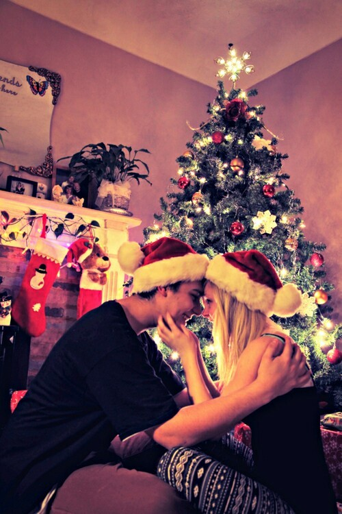 クリスマスプレゼントは彼氏が高校生ならマフラーがおすすめ!人気商品まとめのサムネイル画像