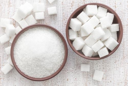 はちみつの栄養成分を分析!糖質はどの位?砂糖と比較!どっちが効果的?のサムネイル画像