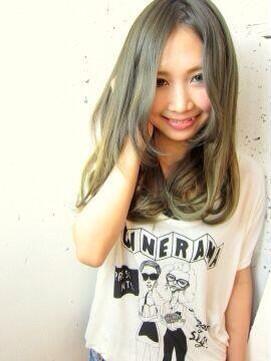 グリーンアッシュの髪色をヘアカラーで!【ブリーチなし・暗め】画像ありのサムネイル画像