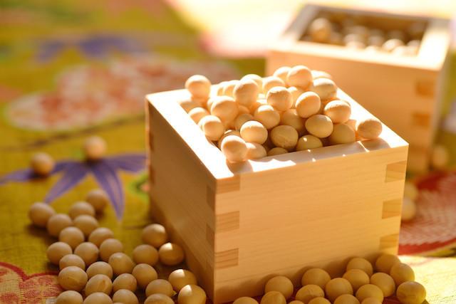 節分の食べ物は9つもあった!豆・いわし・恵方巻き等を食べる由来とは?のサムネイル画像