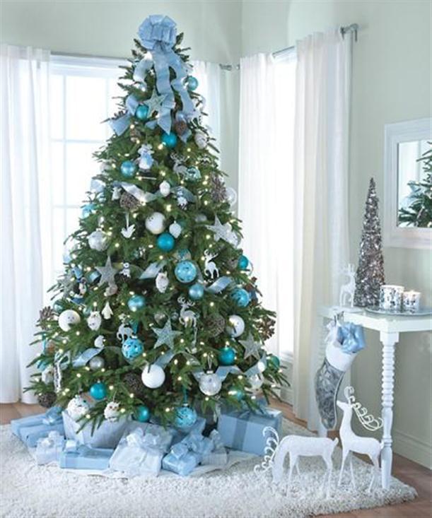 クリスマスの店舗装飾・ディスプレイまとめ!【アイデア画像有】のサムネイル画像