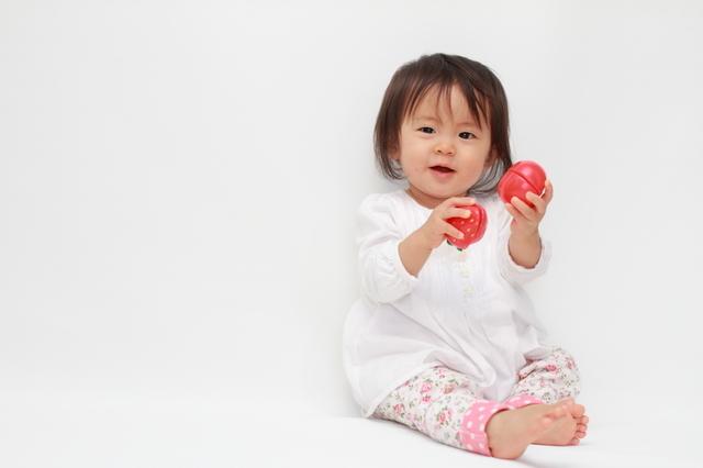 1歳の誕生日プレゼント!男の子と女の子別におすすめを紹介!絵本が人気!のサムネイル画像
