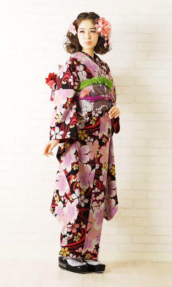 初詣は着物でお出かけ!(写真・画像有)レンタルショップも紹介のサムネイル画像