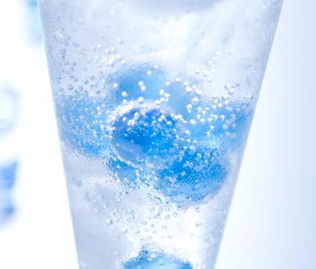 炭酸水に健康効果はある?悪影響はないの?飲むタイミングは?のサムネイル画像